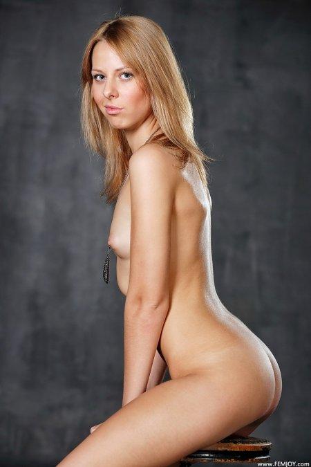 Улла «Играй со мной в эту игру», американские блондинки фото
